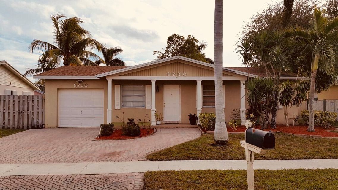 Single Family Home for Sale at 8230 SW 4 Court 8230 SW 4 Court North Lauderdale, Florida 33068 United States