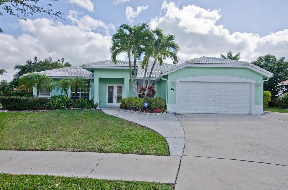 164 Fernwood Crescent  Royal Palm Beach, FL 33411