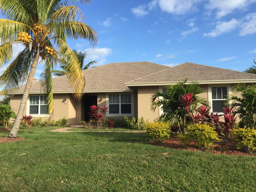 Single Family Home for Sale at 930 Briarwood Drive 930 Briarwood Drive Haverhill, Florida 33415 United States