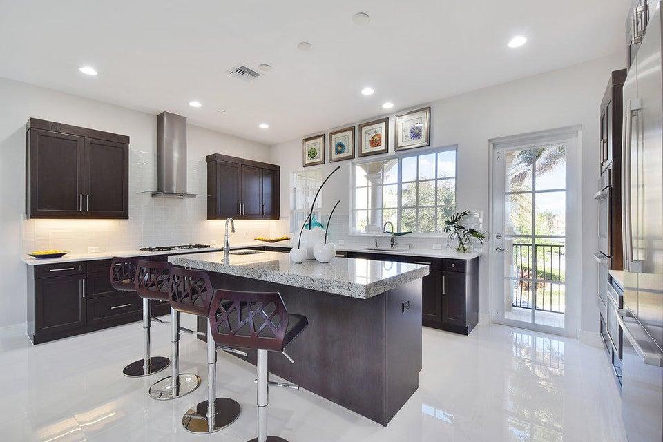 Additional photo for property listing at 144 Tierra Lane 144 Tierra Lane 朱庇特, 佛罗里达州 33477 美国
