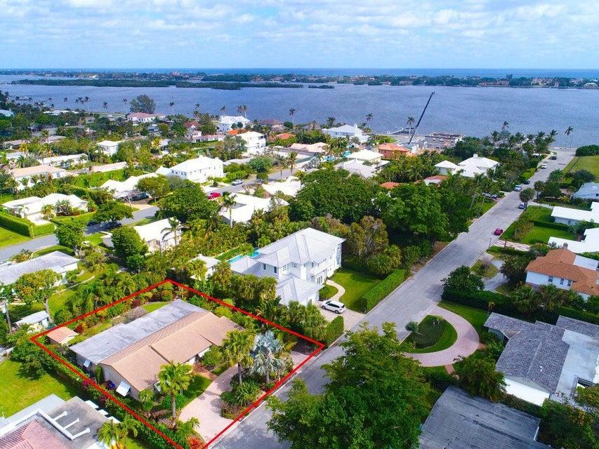 235 Ellamar Road West Palm Beach, FL 33405 photo 2