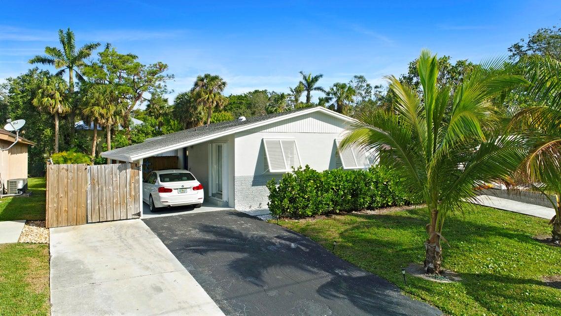 145 Seminole Avenue  Jupiter FL 33458