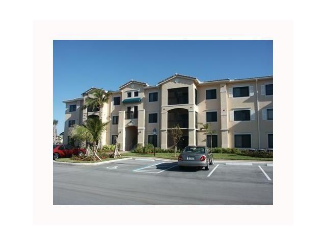 Condominium for Rent at 2725 Anzio Court # 106 2725 Anzio Court # 106 Palm Beach Gardens, Florida 33410 United States