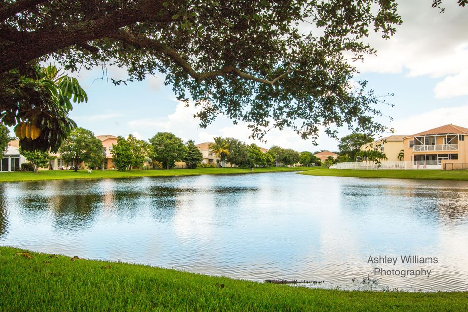 7341 Copperfield Circle Lake Worth, FL 33467 photo 3
