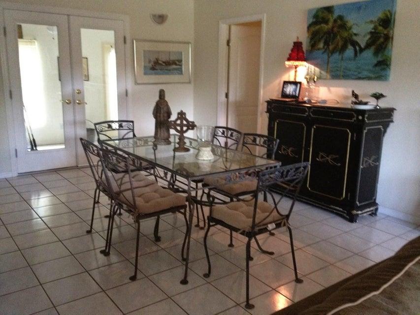 Single Family Home for Sale at 8087 SE Windjammer Way 8087 SE Windjammer Way Hobe Sound, Florida 33455 United States