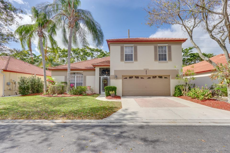 3059 Casa Rio Court , Palm Beach Gardens FL 33418 is listed for sale as MLS Listing RX-10402165 54 photos
