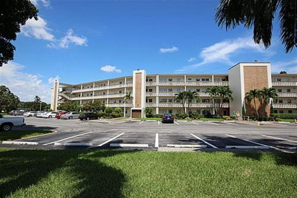 Condominium for Rent at 1011 Hythe A 1011 Hythe A Boca Raton, Florida 33434 United States