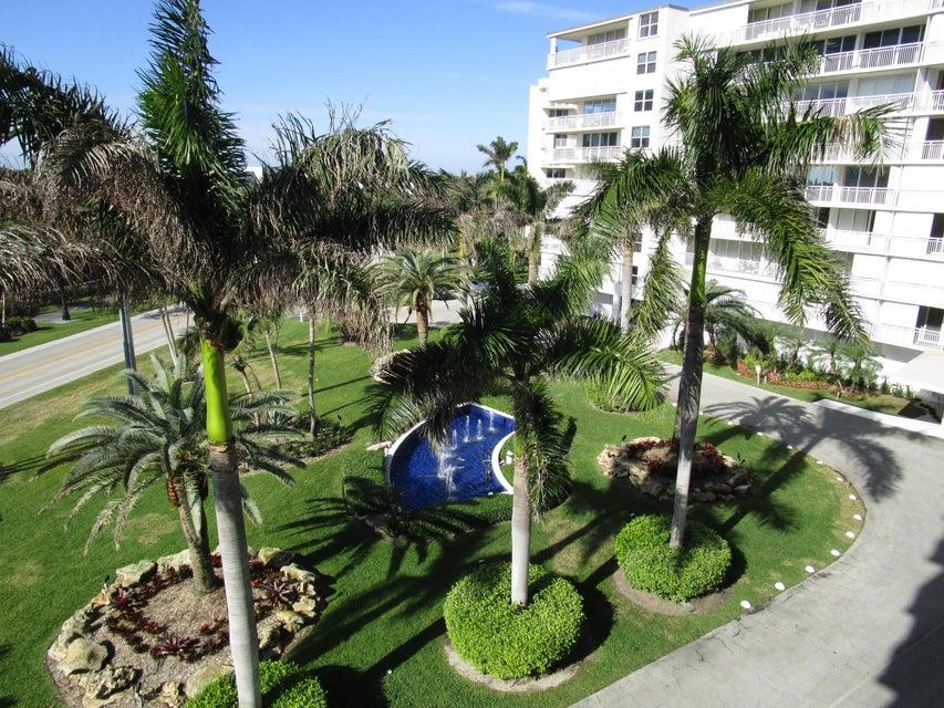 3546 S Ocean Boulevard 511 , Palm Beach FL 33480 is listed for sale as MLS Listing RX-10402225 16 photos