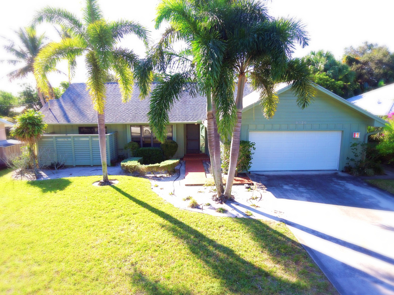 9326 SE Venus Street 9326 SE Venus Street Hobe Sound, Florida 33455 United States