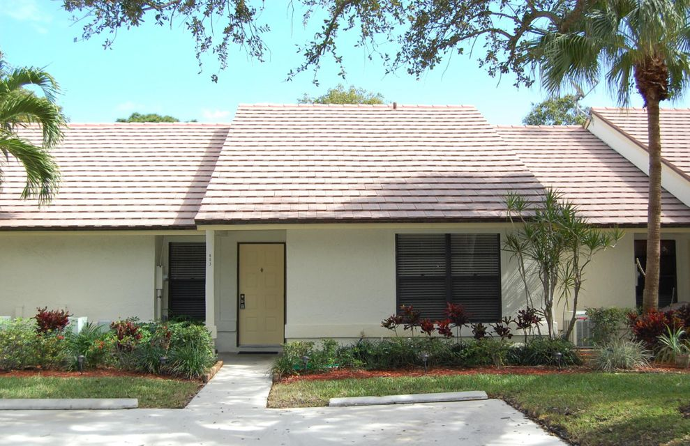 803 Lochwick Court , Palm Beach Gardens FL 33418 is listed for sale as MLS Listing RX-10402313 22 photos