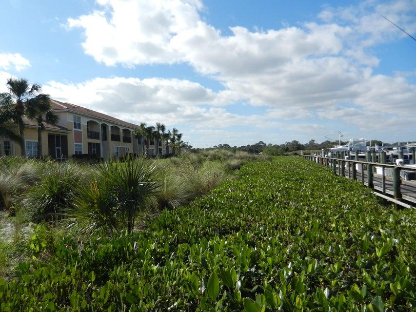 联栋屋 为 销售 在 2382 SW Island Creek Trail 2382 SW Island Creek Trail Palm City, 佛罗里达州 34990 美国