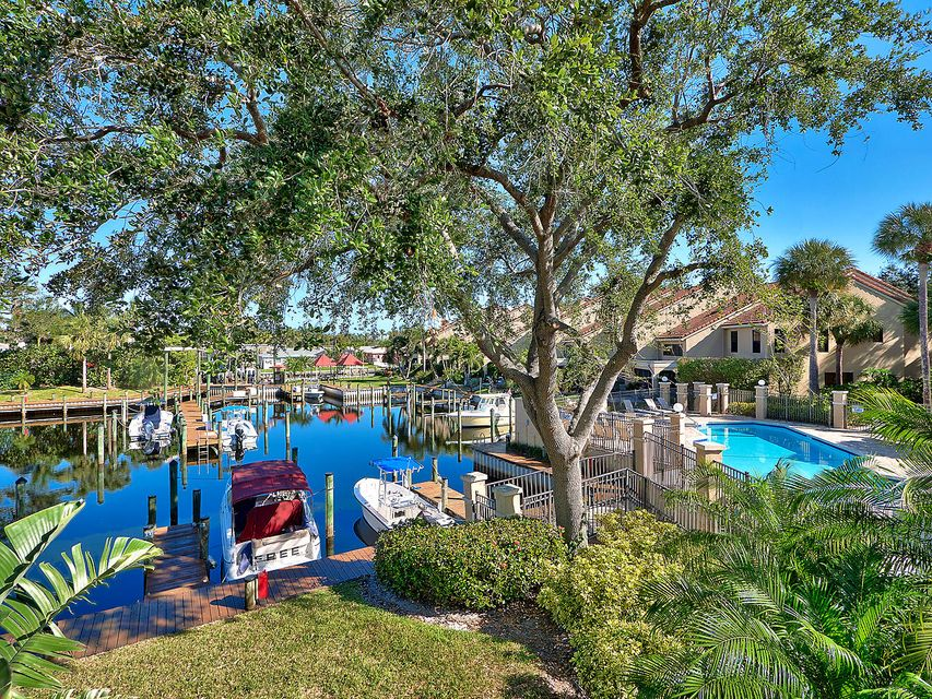 2399 Treasure Isle Drive 20 , Palm Beach Gardens FL 33410 is listed for sale as MLS Listing RX-10401968 21 photos