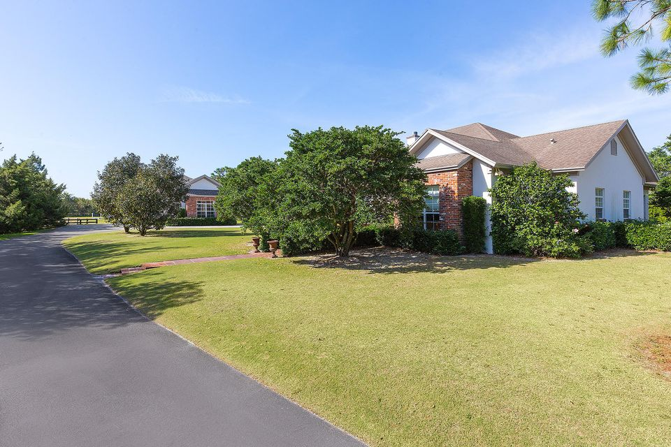 5545 S Shore Boulevard , Wellington FL 33449 is listed for sale as MLS Listing RX-10403974 photo #4