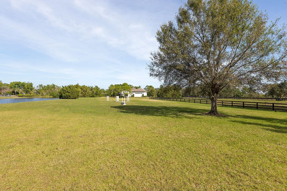 5545 S Shore Boulevard , Wellington FL 33449 is listed for sale as MLS Listing RX-10403974 photo #28