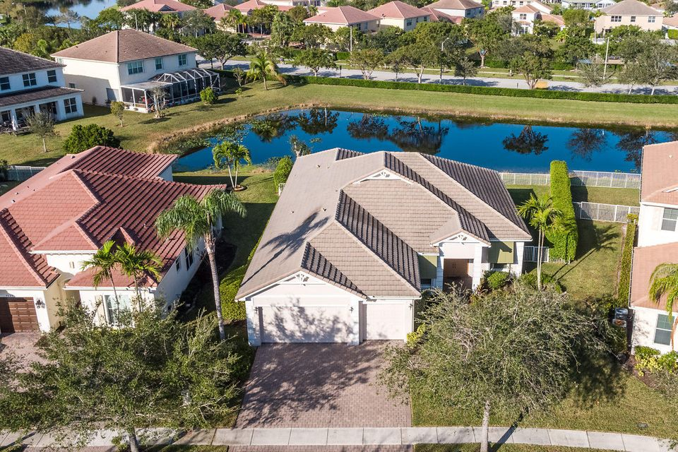 9041 New Hope Court West Palm Beach, FL 33411 photo 1