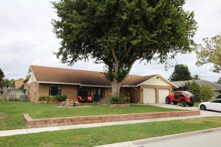 Home for sale in WOODSIDE 3 Boynton Beach Florida