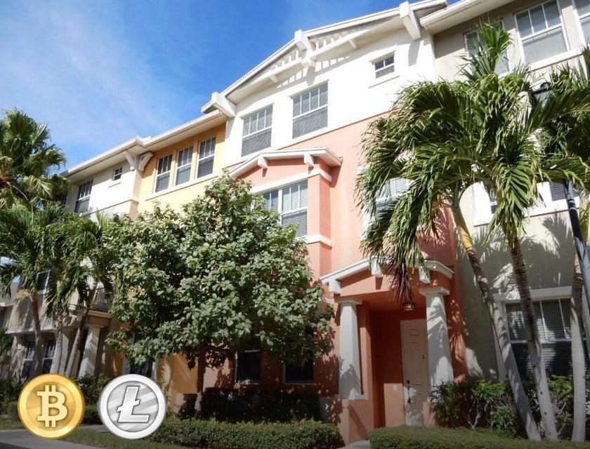 1740 San Benito Way 3  West Palm Beach, FL 33401