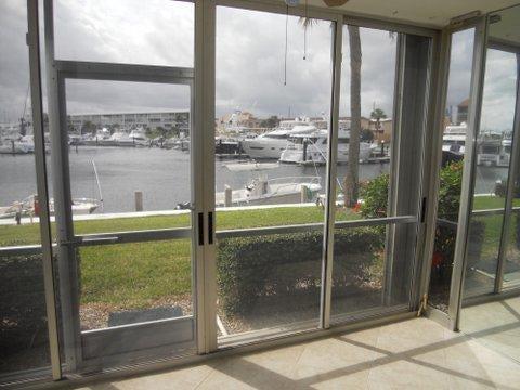 21 Yacht Club Drive 106  North Palm Beach FL 33408