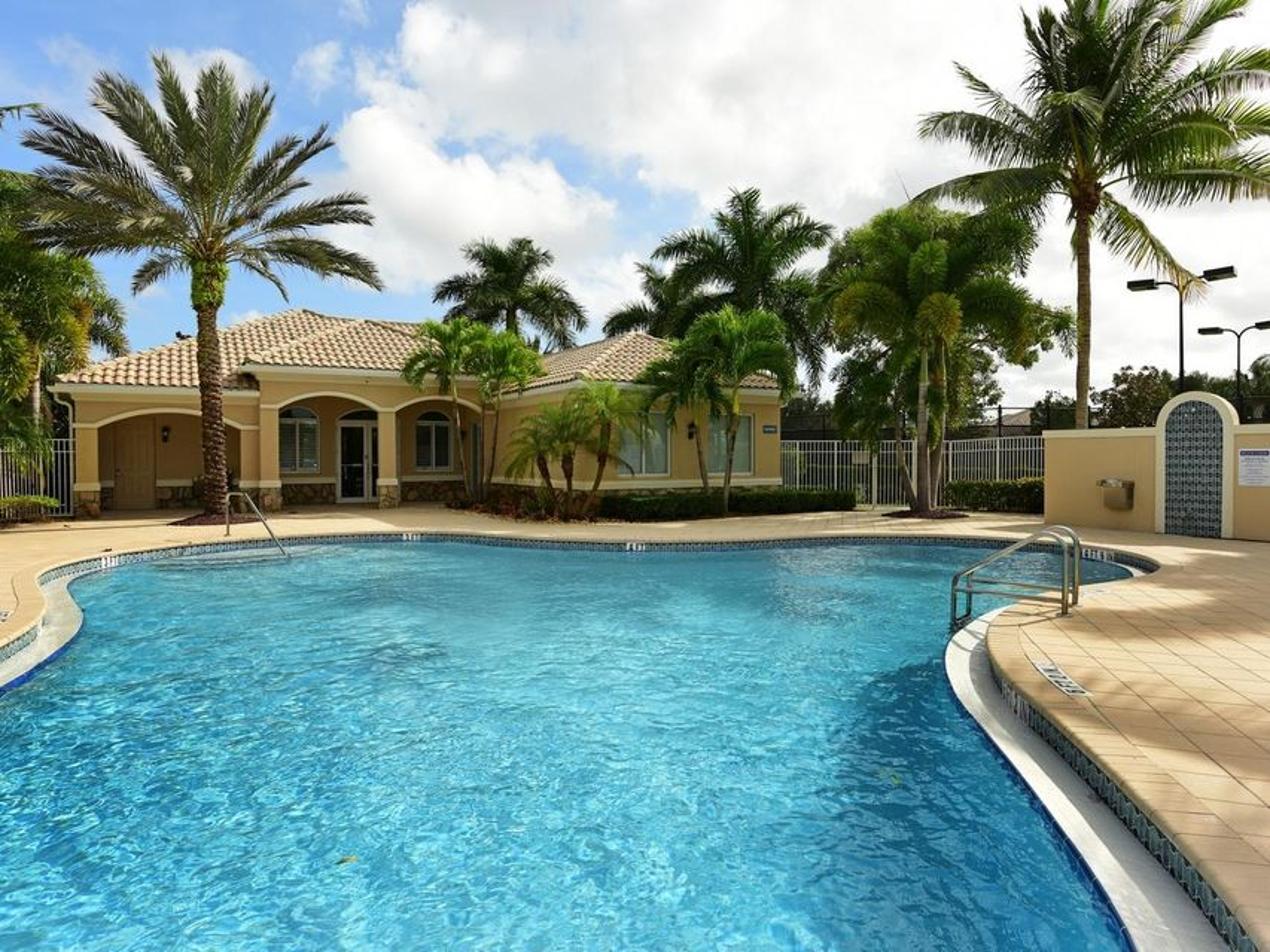 5099 Magnolia Bay Circle Palm Beach Gardens, FL 33418 photo 29