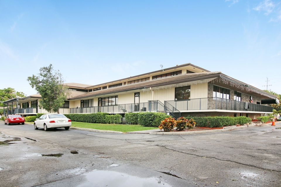 Commercial / Office for Sale at 5455 N Federal Highway # L 5455 N Federal Highway # L Boca Raton, Florida 33487 United States