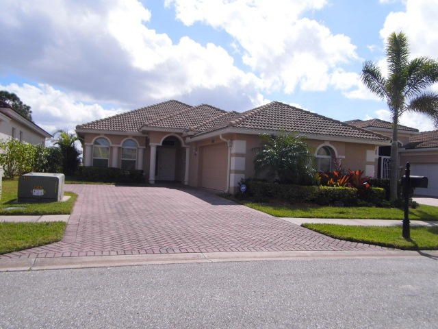 Single Family Home for Sale at 1592 NW Old Oak Terrace 1592 NW Old Oak Terrace Jensen Beach, Florida 34957 United States