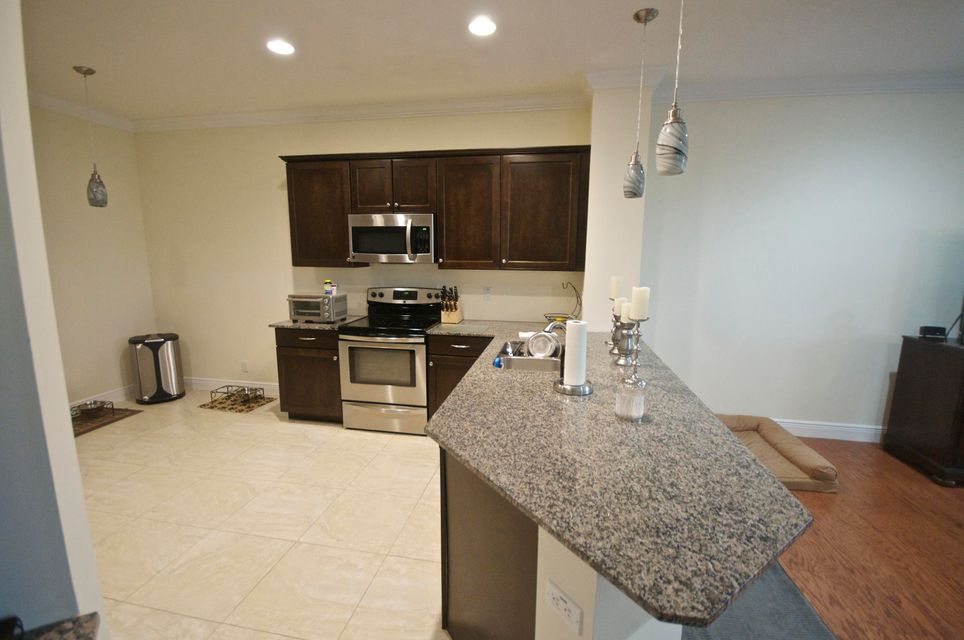 2033 Foxtail View Court West Palm Beach, FL 33411 photo 2