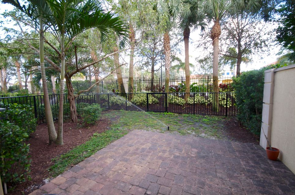 2033 Foxtail View Court West Palm Beach, FL 33411 photo 14
