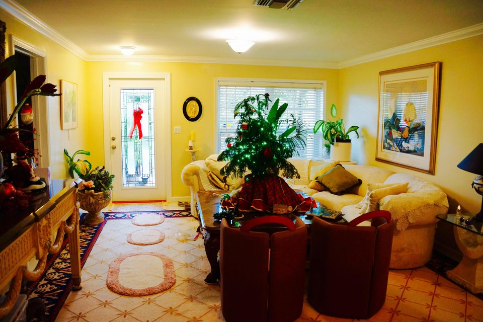 Additional photo for property listing at 1801 Hillcrest 1801 Hillcrest Lake Worth, Florida 33461 United States