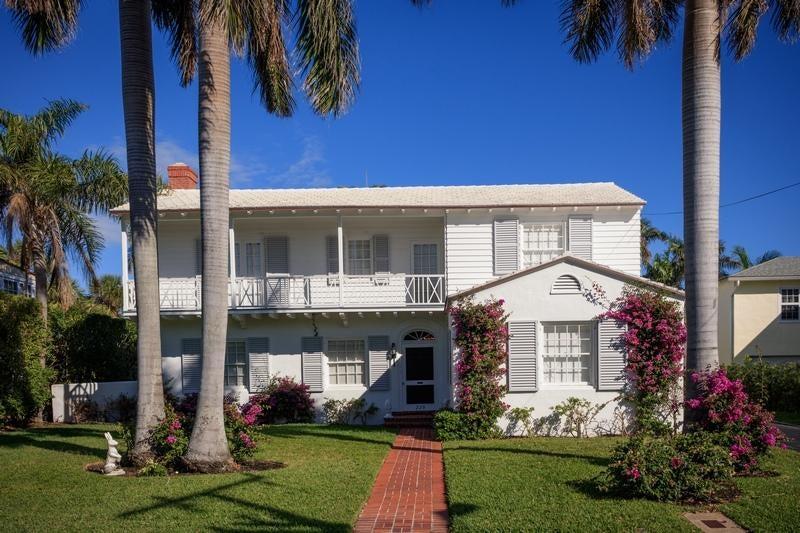 Single Family Home for Rent at 229 Pendleton Avenue 229 Pendleton Avenue Palm Beach, Florida 33480 United States