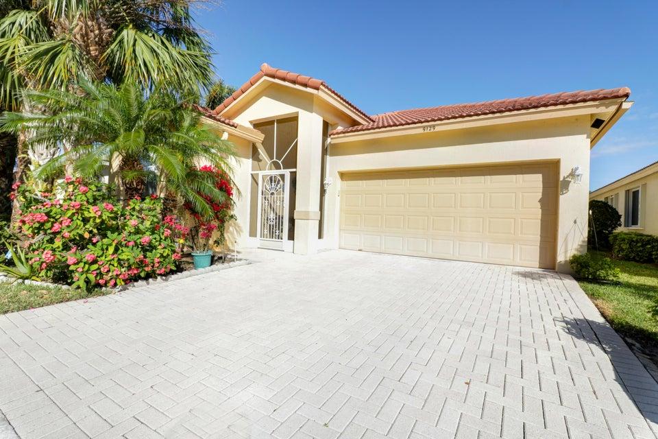9129 Bay Point Circle  West Palm Beach, FL 33411