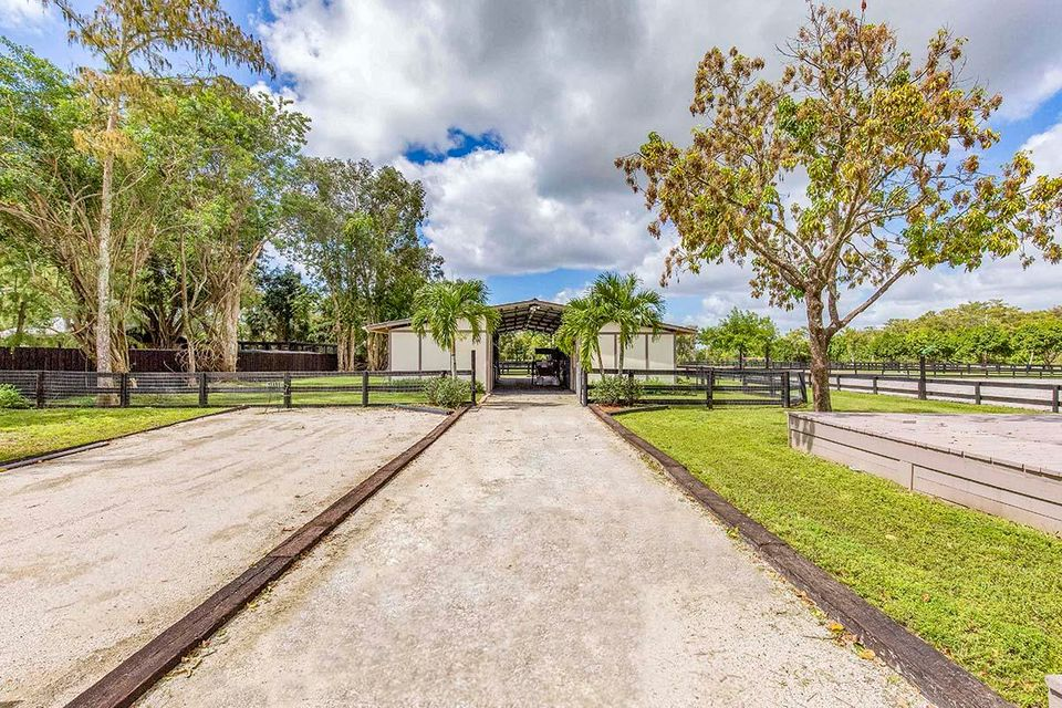 Single Family Home for Sale at 12126 Indian Mound Road 12126 Indian Mound Road Wellington, Florida 33449 United States
