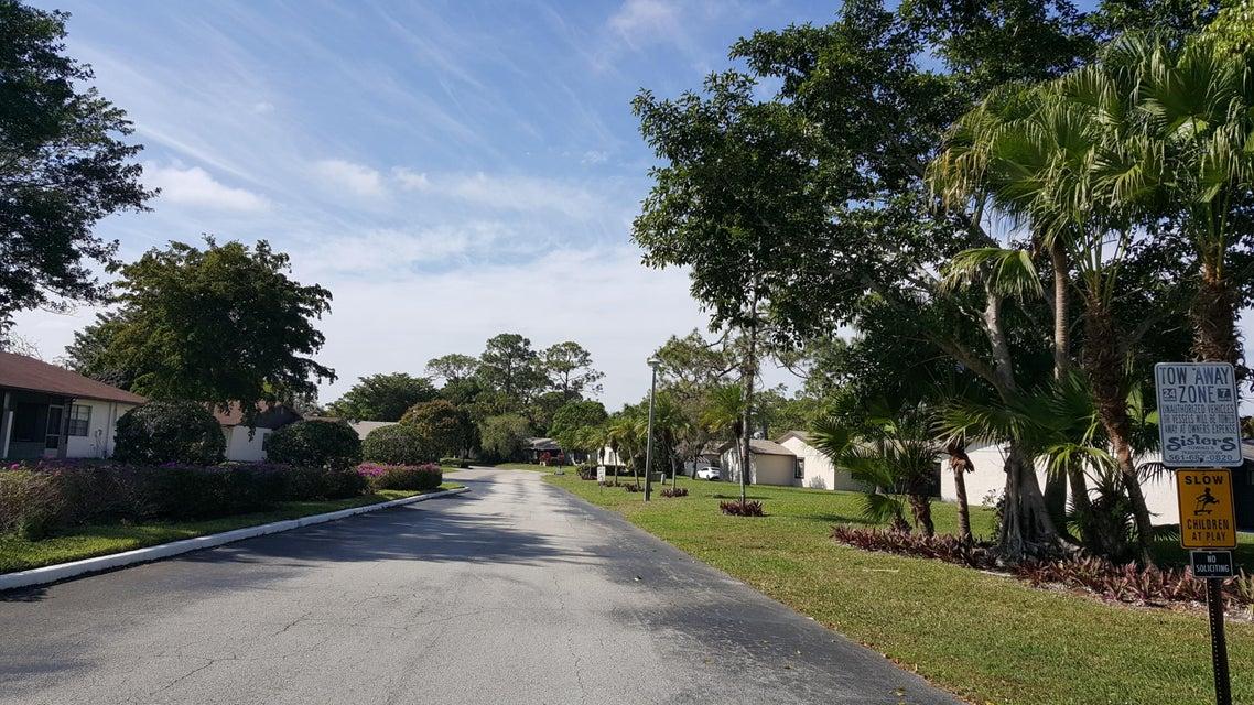 70 Mahoris Drive West Palm Beach, FL 33411 photo 58