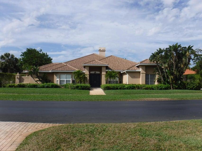 2044 Greenview Cove Drive  Wellington, FL 33414