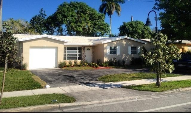 Single Family Home for Sale at 1340 NW 56th Avenue 1340 NW 56th Avenue Lauderhill, Florida 33313 United States