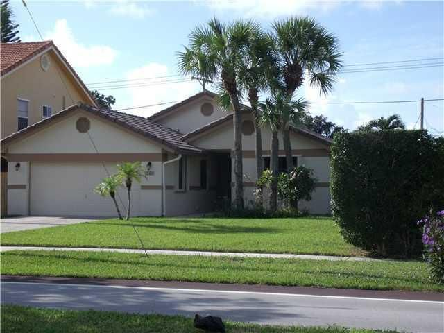 Single Family Home for Rent at 1180 SW 18th Street 1180 SW 18th Street Boca Raton, Florida 33486 United States