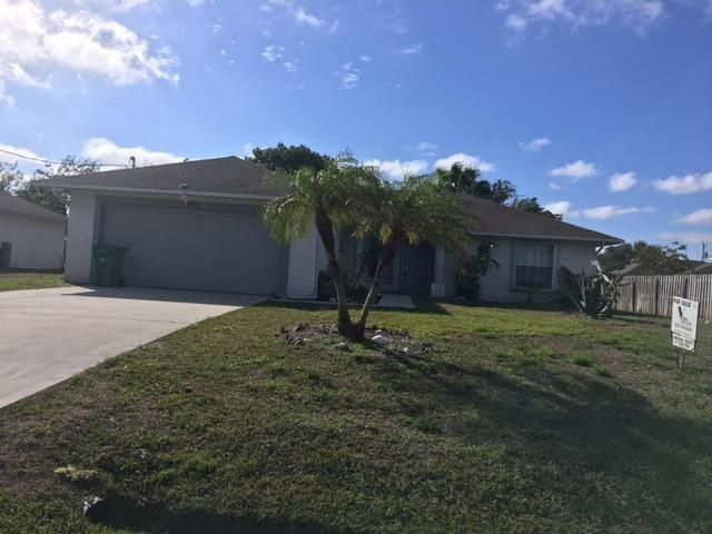 Photo of 862 SW Jordin Avenue, Port Saint Lucie, FL 34953