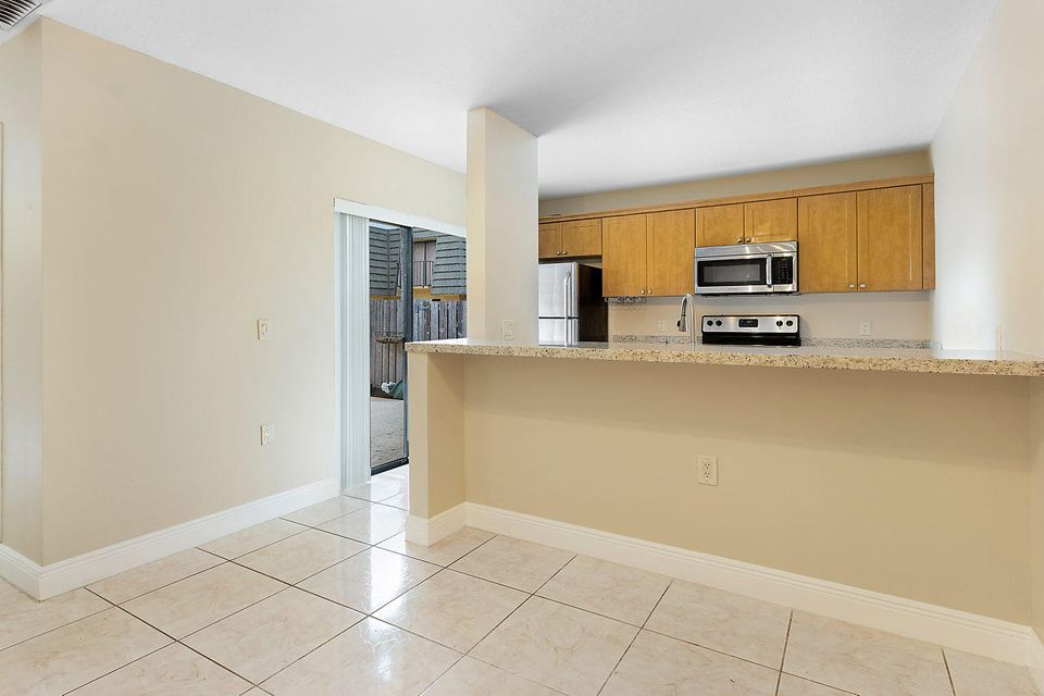 1302 13th Way West Palm Beach, FL 33407 photo 10