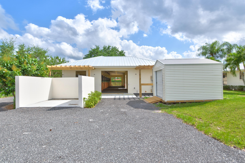 14965 Oatland Court, Wellington, Florida 33414, 2 Bedrooms Bedrooms, ,2 BathroomsBathrooms,Barn,For Rent,Oatland,1,RX-10403298