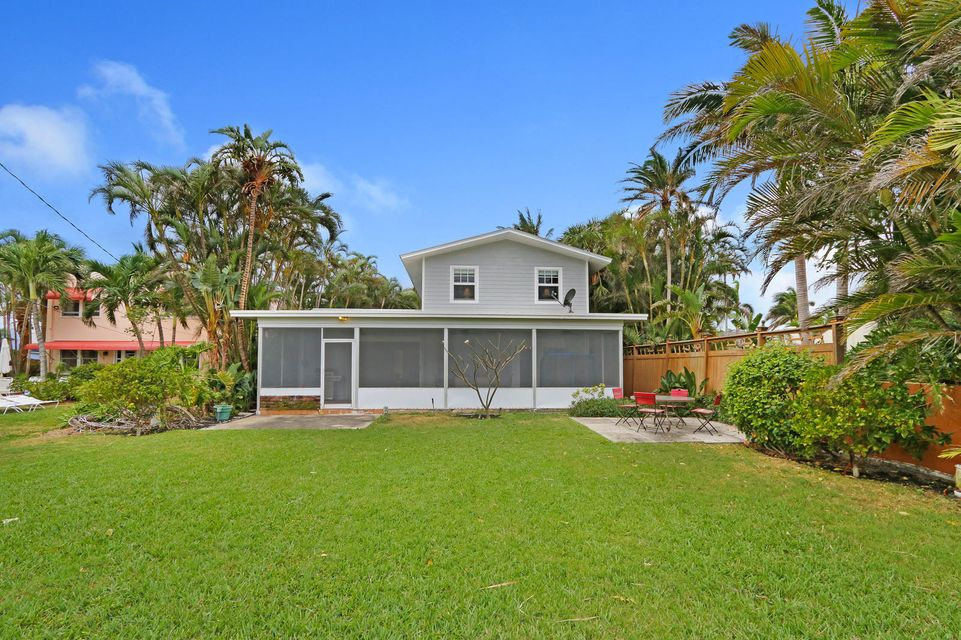 Single Family Home for Sale at 314 N Lakeside Drive 314 N Lakeside Drive Lake Worth, Florida 33460 United States