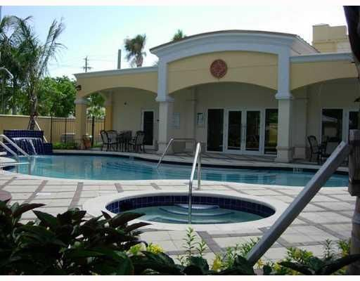 101 SE 20th Avenue 301  Deerfield Beach FL 33441