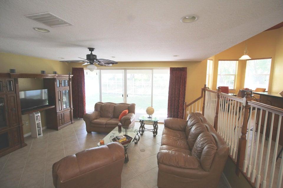 2340 Waburton Terrace Wellington, FL 33414 photo 15