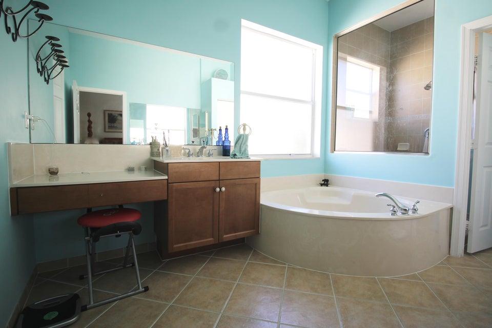 2340 Waburton Terrace Wellington, FL 33414 photo 22