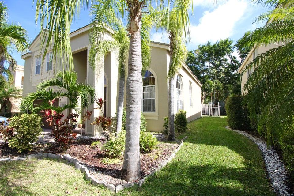 2340 Waburton Terrace Wellington, FL 33414 photo 3