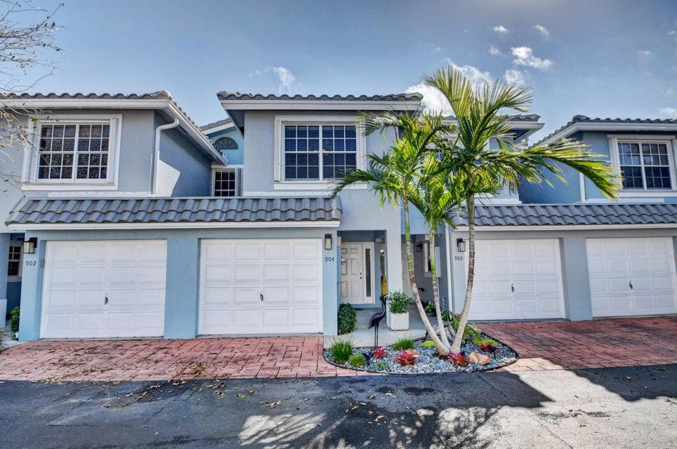 904 E Jeffery Street  Boca Raton FL 33487