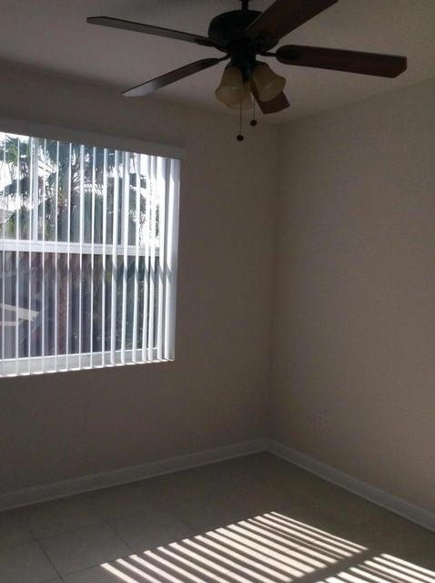 590 Amador Lane 1 West Palm Beach, FL 33401 photo 9