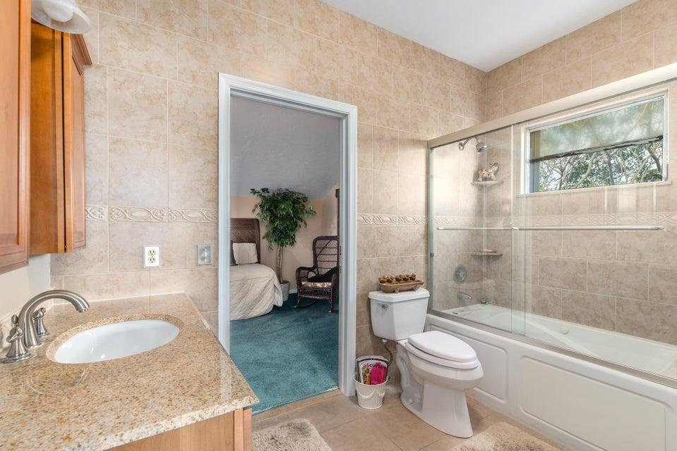 Additional photo for property listing at 17887 SE Federal Highway 17887 SE Federal Highway 德贵斯塔, 佛罗里达州 33469 美国