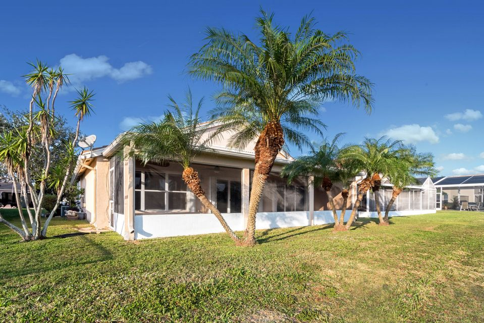 6268 Barton Creek Circle Lake Worth, FL 33463 photo 4