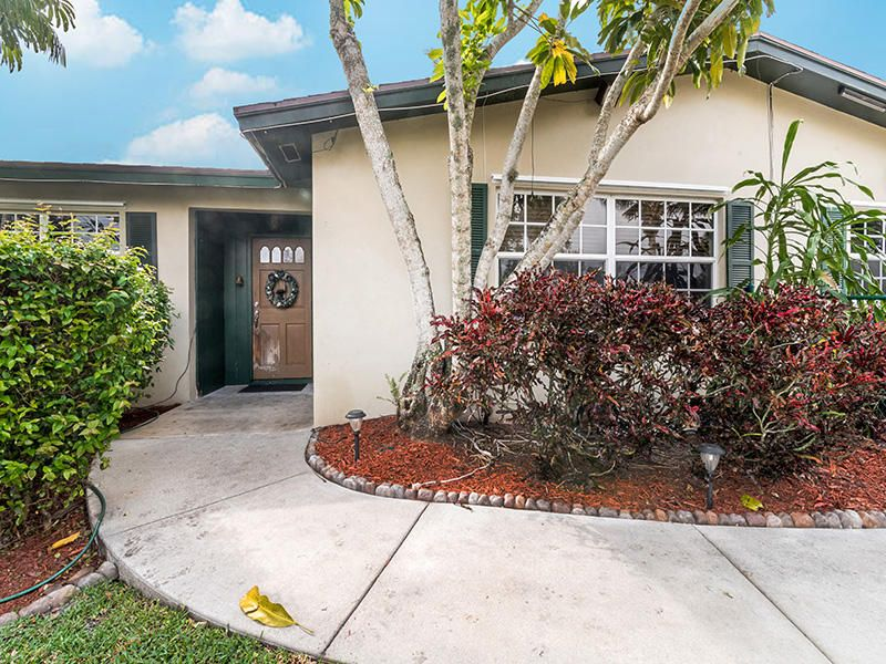 6700 Patricia Drive West Palm Beach, FL 33413 photo 37
