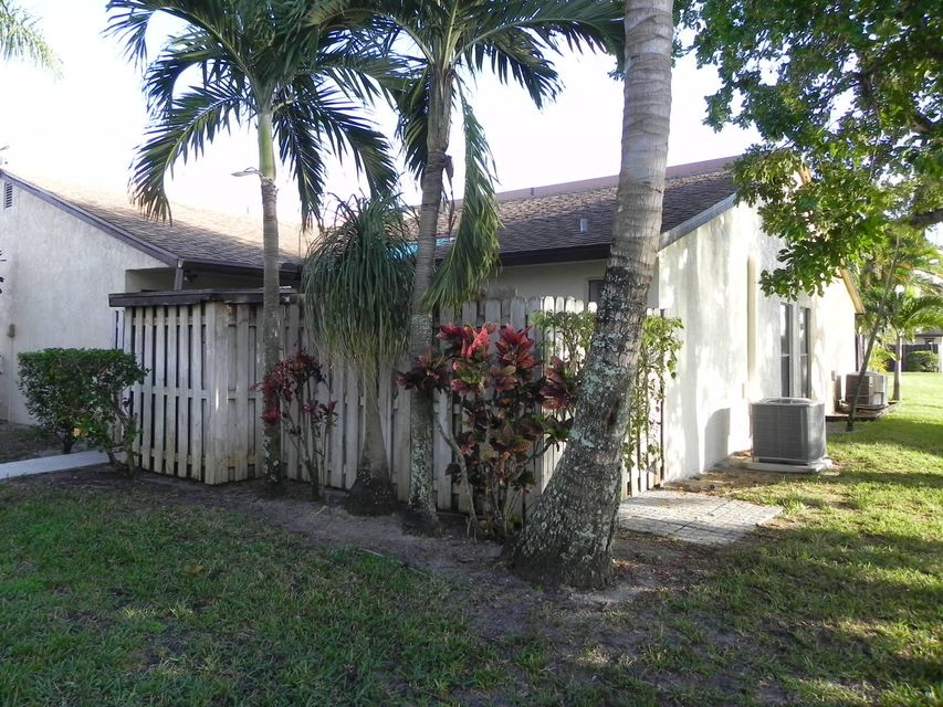Villa for Rent at 3202 Waterview Circle 3202 Waterview Circle Palm Springs, Florida 33461 United States