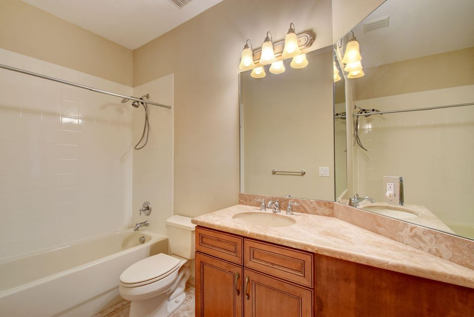 8728 Thornbrook Terrace Point Boynton Beach, FL 33473 - photo 28